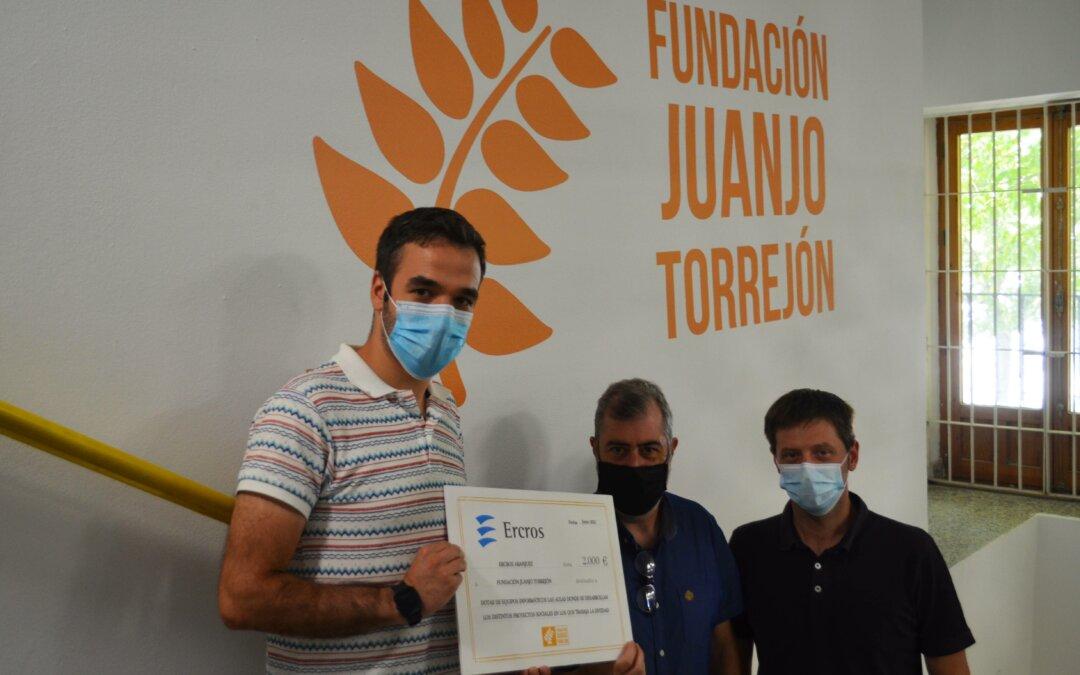 Fundación Juanjo Torrejón recibe la colaboración de Ercros Aranjuez destinada al Programa de Empleo y Formación